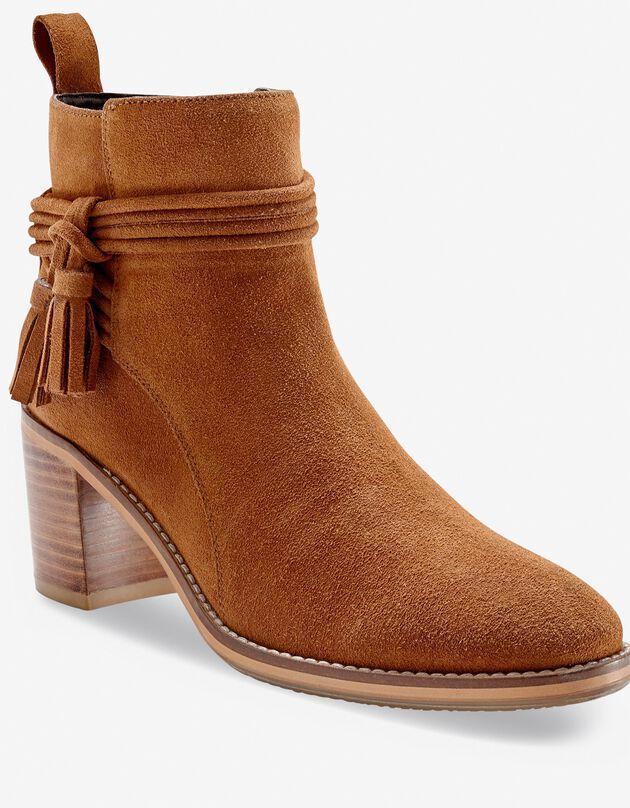 Boots in suèdeleer met hak en kwastjes, donkerbeige, hi-res